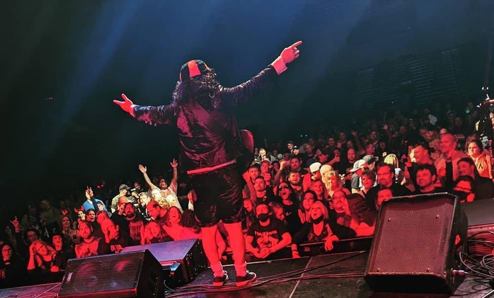 9937093e58c42 Electric Shock - The AC DC Show Tour Dates